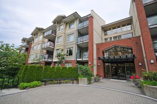 Photo 1: 317-100  Capilano Road in Port Moody: Condo for sale : MLS®# v773902