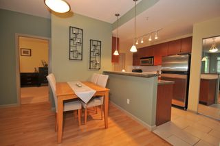 Photo 7: 317-100  Capilano Road in Port Moody: Condo for sale : MLS®# v773902