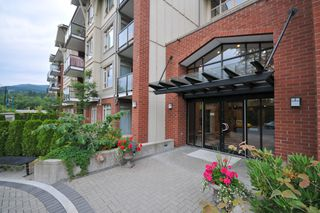 Photo 3: 317-100  Capilano Road in Port Moody: Condo for sale : MLS®# v773902