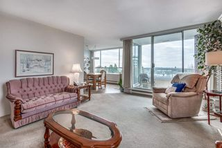 """Photo 3: 704 11980 222 Street in Maple Ridge: West Central Condo for sale in """"Gordon Towers"""" : MLS®# R2418378"""