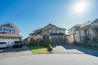 """Photo 1: 19686 71B Avenue in Langley: Willoughby Heights House for sale in """"Routley"""" : MLS®# R2446476"""