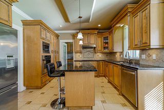 """Photo 12: 19686 71B Avenue in Langley: Willoughby Heights House for sale in """"Routley"""" : MLS®# R2446476"""