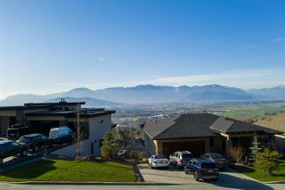 Photo 3: 5450 MACLACHLAN Place in Chilliwack: Promontory House for sale (Sardis)  : MLS®# R2476473