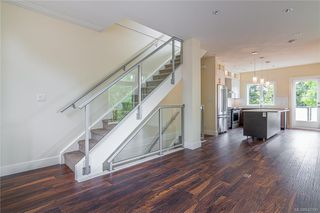 Photo 12: 404 2130 Sooke Rd in Colwood: Co Hatley Park Row/Townhouse for sale : MLS®# 842390