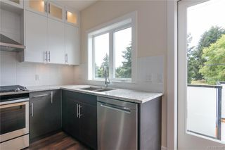 Photo 8: 404 2130 Sooke Rd in Colwood: Co Hatley Park Row/Townhouse for sale : MLS®# 842390