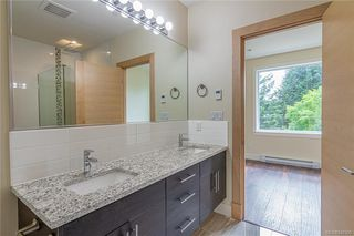 Photo 15: 404 2130 Sooke Rd in Colwood: Co Hatley Park Row/Townhouse for sale : MLS®# 842390