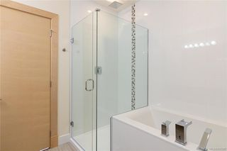 Photo 16: 404 2130 Sooke Rd in Colwood: Co Hatley Park Row/Townhouse for sale : MLS®# 842390