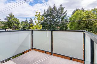 Photo 11: 404 2130 Sooke Rd in Colwood: Co Hatley Park Row/Townhouse for sale : MLS®# 842390