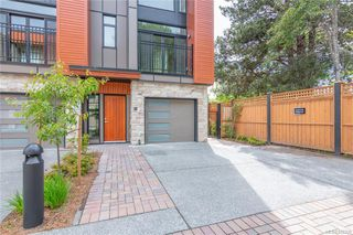 Photo 1: 404 2130 Sooke Rd in Colwood: Co Hatley Park Row/Townhouse for sale : MLS®# 842390