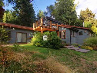 Photo 1: 1506 PARK Avenue: Roberts Creek House for sale (Sunshine Coast)  : MLS®# R2488385