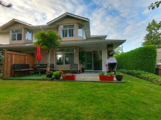 "Photo 28: 306 8260 162A Street in Surrey: Fleetwood Tynehead Townhouse for sale in ""Fleetwood Meadows"" : MLS®# R2493430"