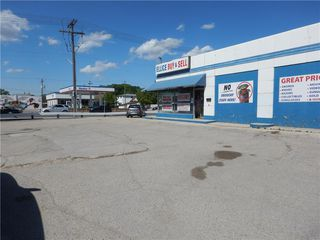 Photo 5: 804 Ellice Avenue in Winnipeg: Industrial / Commercial / Investment for sale (5A)  : MLS®# 202026156
