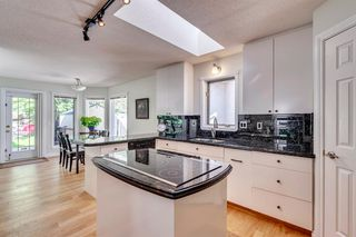 Photo 26: 222 SIGNATURE Way SW in Calgary: Signal Hill Detached for sale : MLS®# A1049165