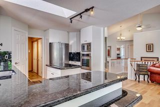 Photo 25: 222 SIGNATURE Way SW in Calgary: Signal Hill Detached for sale : MLS®# A1049165