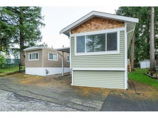 "Photo 6: 14 24330 FRASER Highway in Langley: Otter District Manufactured Home for sale in ""Langley Grove Estates"" : MLS®# R2518685"