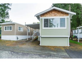 "Photo 5: 14 24330 FRASER Highway in Langley: Otter District Manufactured Home for sale in ""Langley Grove Estates"" : MLS®# R2518685"