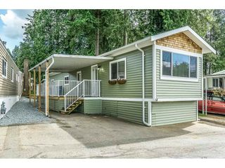 "Photo 1: 14 24330 FRASER Highway in Langley: Otter District Manufactured Home for sale in ""Langley Grove Estates"" : MLS®# R2518685"