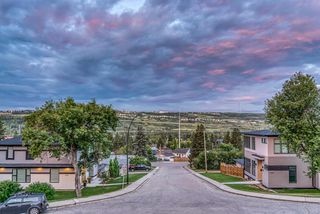 Photo 2: 5218 22 Avenue NW in Calgary: Montgomery Semi Detached for sale : MLS®# A1056243