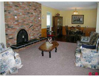 "Photo 2: 13082 98A Avenue in Surrey: Cedar Hills House for sale in ""CEDAR HILLS"" (North Surrey)  : MLS®# F2714591"