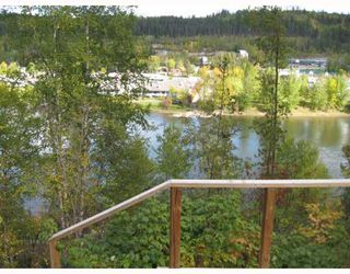 """Photo 9: 3725 DEZELL Drive in Prince_George: Quinson House for sale in """"QUINSON"""" (PG City West (Zone 71))  : MLS®# N176588"""