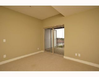 """Photo 6: 305 188 W 29TH Street in North_Vancouver: Upper Lonsdale Condo for sale in """"VISTA 29"""" (North Vancouver)  : MLS®# V670745"""