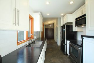 Photo 1: : Vancouver House for rent : MLS®# AR065