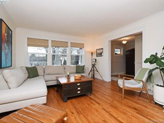 Photo 3: 1468 Hamley Street in VICTORIA: Vi Fairfield West Single Family Detached for sale (Victoria)  : MLS®# 420267