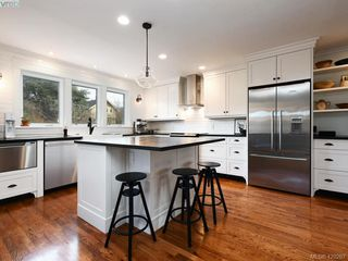 Photo 5: 1468 Hamley Street in VICTORIA: Vi Fairfield West Single Family Detached for sale (Victoria)  : MLS®# 420267