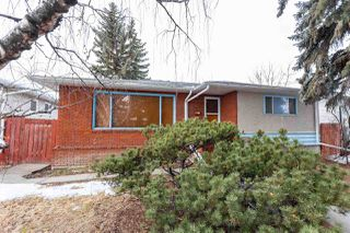 Photo 1: 10608 75 Street in Edmonton: Zone 19 House for sale : MLS®# E4192441