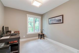 Photo 26: 623 25 Avenue NW in Calgary: Mount Pleasant Semi Detached for sale : MLS®# C4305788