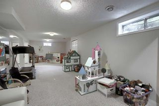 Photo 37: 80 WOODSIDE Crescent: Spruce Grove House for sale : MLS®# E4213034