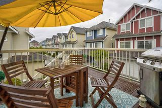"Photo 10: 57 1108 RIVERSIDE Close in Port Coquitlam: Riverwood Townhouse for sale in ""HERITAGE MEADOWS"" : MLS®# R2507739"