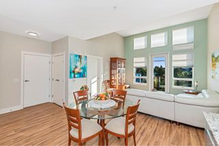 Photo 24: 506 935 Cloverdale Ave in : SE Quadra Condo for sale (Saanich East)  : MLS®# 858376
