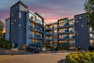 Photo 28: 506 935 Cloverdale Ave in : SE Quadra Condo for sale (Saanich East)  : MLS®# 858376