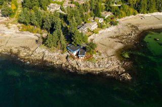 Photo 4: 5482 HILL Road in Sechelt: Sechelt District House for sale (Sunshine Coast)  : MLS®# R2519038