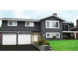 Photo 1: 5540 FOREST ST in Burnaby: House for sale : MLS®# V876330