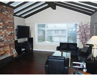 Photo 4: 5540 FOREST ST in Burnaby: House for sale : MLS®# V876330