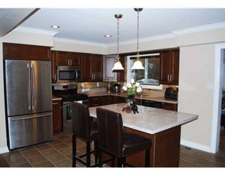 Photo 2: 5540 FOREST ST in Burnaby: House for sale : MLS®# V876330
