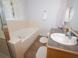 """Photo 6: # 8 11495 COTTONWOOD DR in Maple Ridge: Cottonwood MR House for sale in """"Eastbrook Green"""" : MLS®# V880310"""