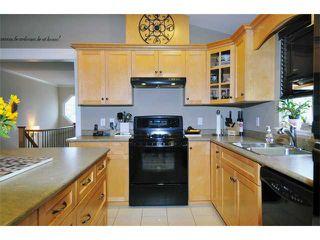 """Photo 3: 23733 115TH AV in Maple Ridge: Cottonwood MR House for sale in """"GILKER HILL ESTATES"""" : MLS®# V910026"""