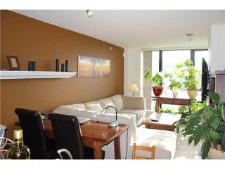 Photo 3:  in North Vancouver: Lower Lonsdale Condo for sale : MLS®# V918712