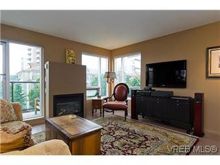 Photo 5: 302 932 Johnson Street in VICTORIA: Vi Downtown Residential for sale (Victoria)  : MLS®# 299733