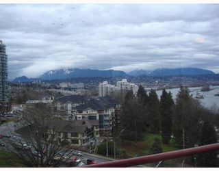Photo 7: 902 38 LEOPOLD Place in New_Westminster: Downtown NW Condo for sale (New Westminster)  : MLS®# V682221