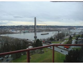 Photo 10: 902 38 LEOPOLD Place in New_Westminster: Downtown NW Condo for sale (New Westminster)  : MLS®# V682221