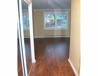 """Photo 5: 688 W 12TH Ave in Vancouver: Fairview VW Condo for sale in """"CONNAUGHT GARDENS"""" (Vancouver West)  : MLS®# V625031"""
