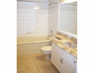 """Photo 8: 688 W 12TH Ave in Vancouver: Fairview VW Condo for sale in """"CONNAUGHT GARDENS"""" (Vancouver West)  : MLS®# V625031"""