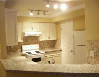 """Photo 3: 688 W 12TH Ave in Vancouver: Fairview VW Condo for sale in """"CONNAUGHT GARDENS"""" (Vancouver West)  : MLS®# V625031"""