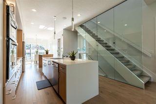 Photo 4: 8810 94 Street in Edmonton: Zone 18 House for sale : MLS®# E4165656