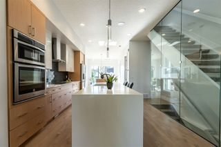 Photo 3: 8810 94 Street in Edmonton: Zone 18 House for sale : MLS®# E4165656