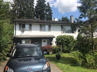 Photo 2: 3834 RICHMOND Street in Port Coquitlam: Lincoln Park PQ House for sale : MLS®# R2390918